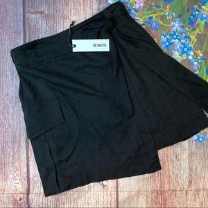 NWT BB Dakota Black Wrap Skirt Cargo Pockets Small